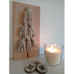 Stromeček z vlny - přírodní (svíčka a sněhové vločky)