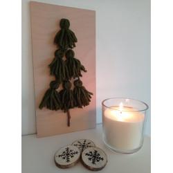 Stromeček z vlny - zelený (svíčka a sněhové vločky)