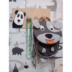 Pandička - dětský věšák na zeď (detail)