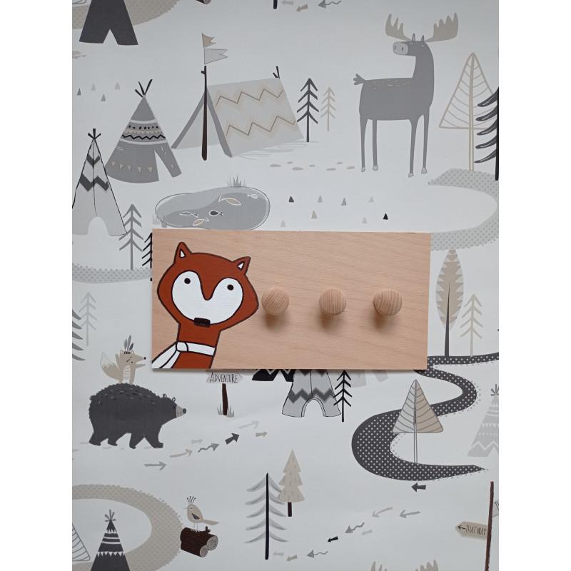 Lištička - dětský věšák na zeď